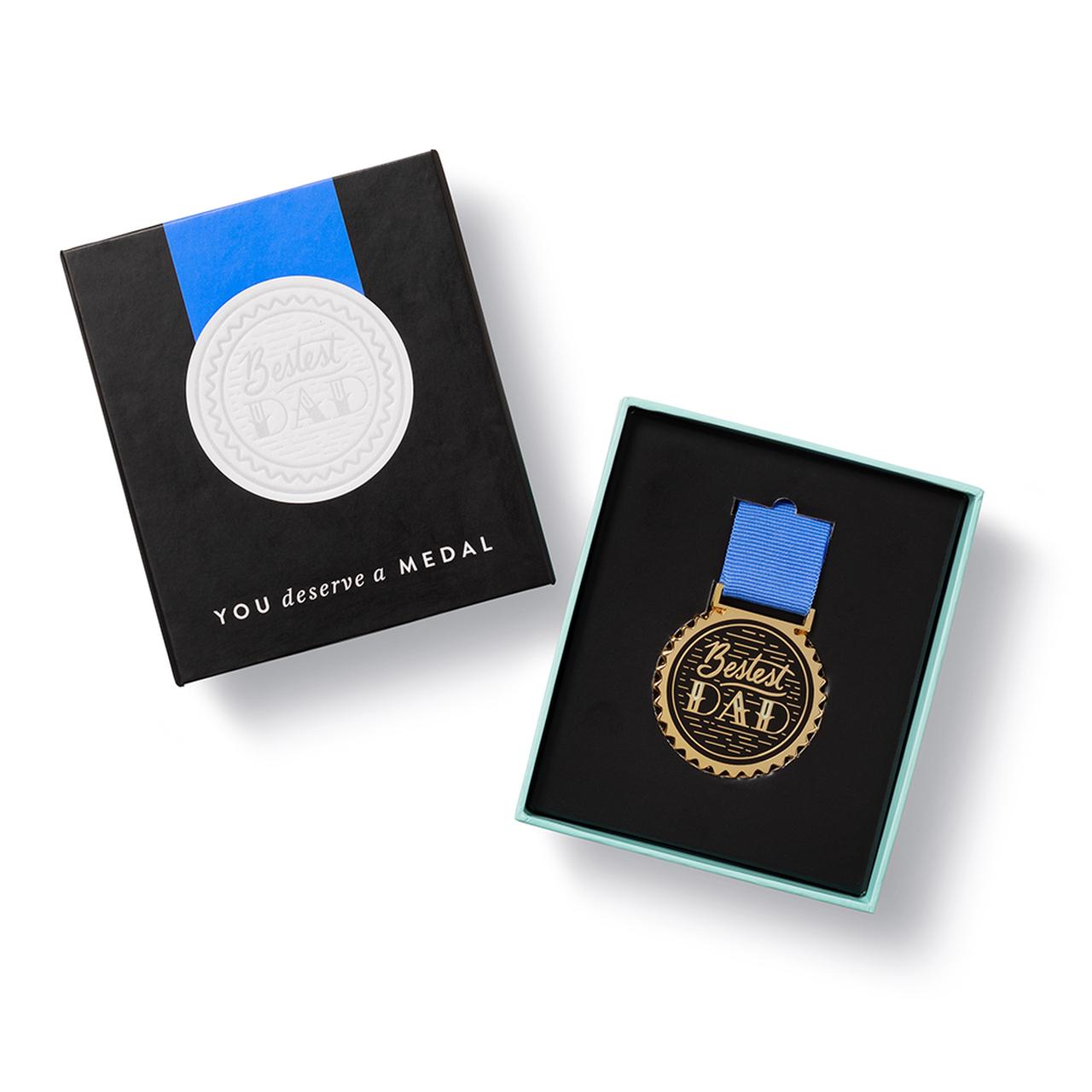 Bestest Dad Medal in packaging