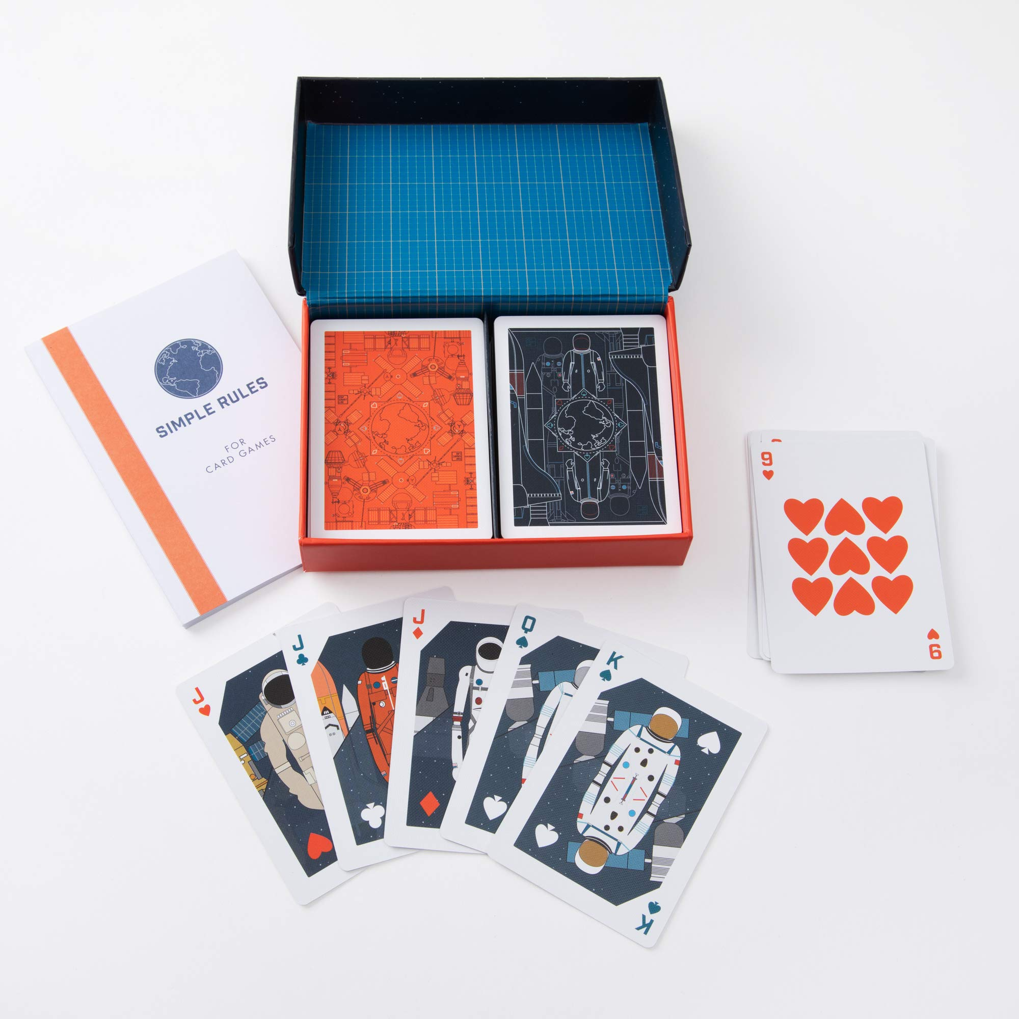 Contents of History of Space Travel Playing Cards Set